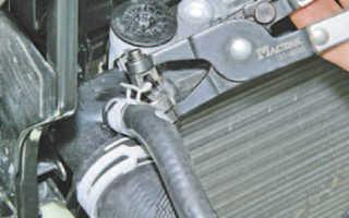 Замена радиатора шкода фабия