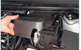 Как снять аккумулятор форд фокус